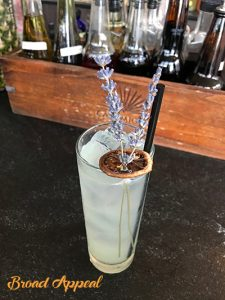Host Melissa Fassel Dunn takes a trip to the Yellow Door Taqueria for a new cocktail - lavender lemonade - crafted by the uber-talentedCaitríona O'Grady.